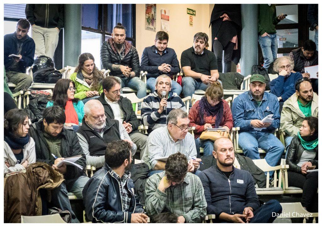 """""""En el sector nuclear la lucha contra la dependencia en la Argentina se expresa en la lucha que dieron los trabajadores""""."""