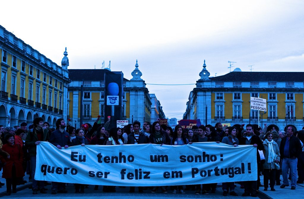 "2nd March Anti-troika demonstration: ""I've a dream: I want to be happy in Portugal"" Photo credit: Flickr/Pedro Ribeiro Simões/CC BY 2.0"